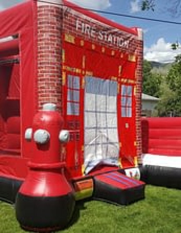 The Fire House Jumper and slide combo