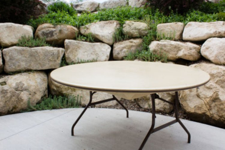 60 Round Table Seats 6 - 8